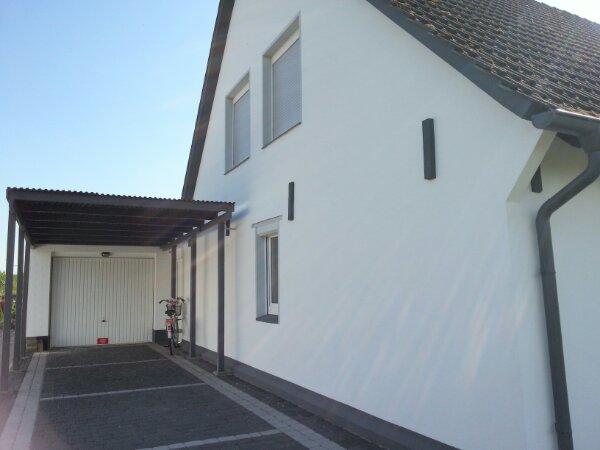 Fassadengestaltung Weiß Grau