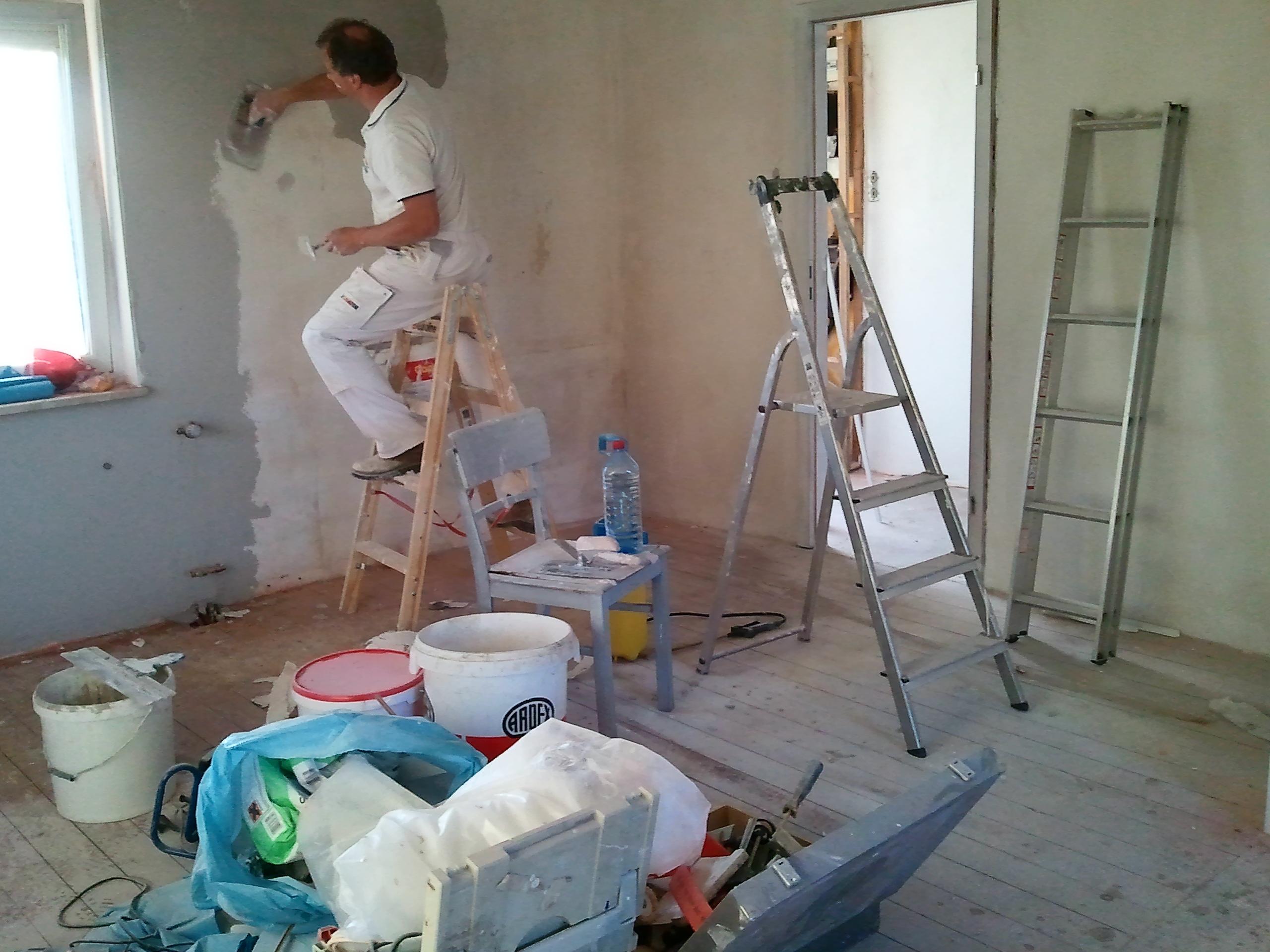 gebogene gl ttkelle f r rigips arbeiten werkzeug. Black Bedroom Furniture Sets. Home Design Ideas