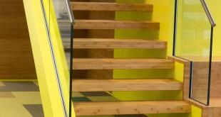 Wasserbasierte Treppenlackierung einkomponentig