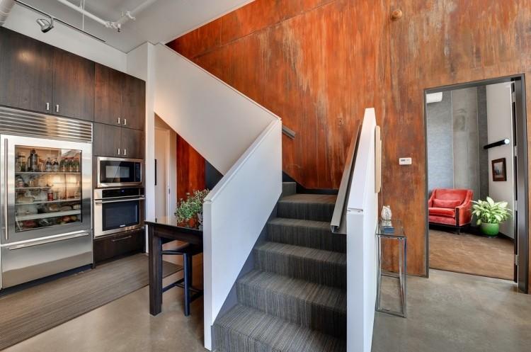 Wand-Streichen-Effekt-Rost-Optik-Flur-Treppe › Malertv.De